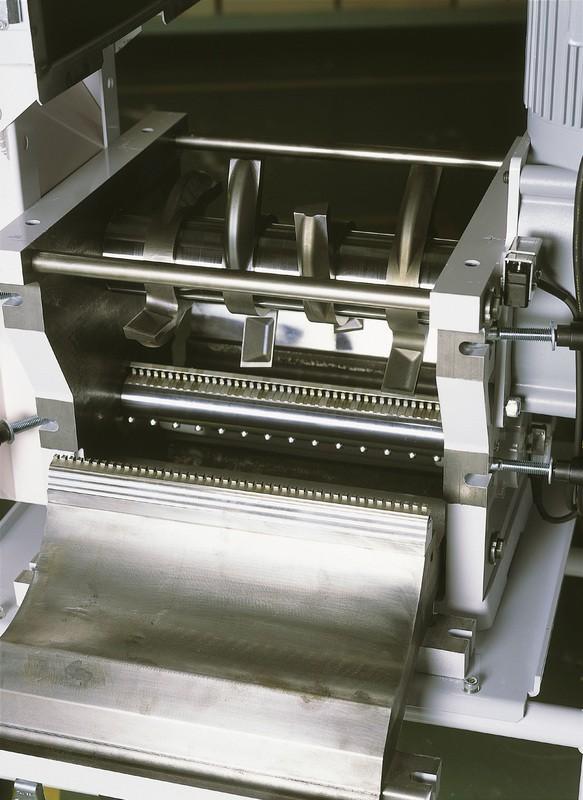 SPC2-1500-cutter